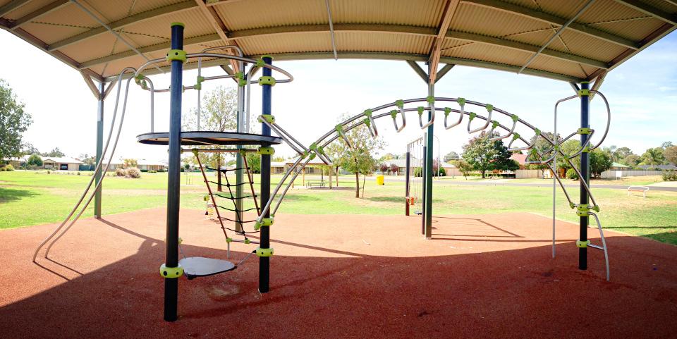 McKinnon Park, Narromine
