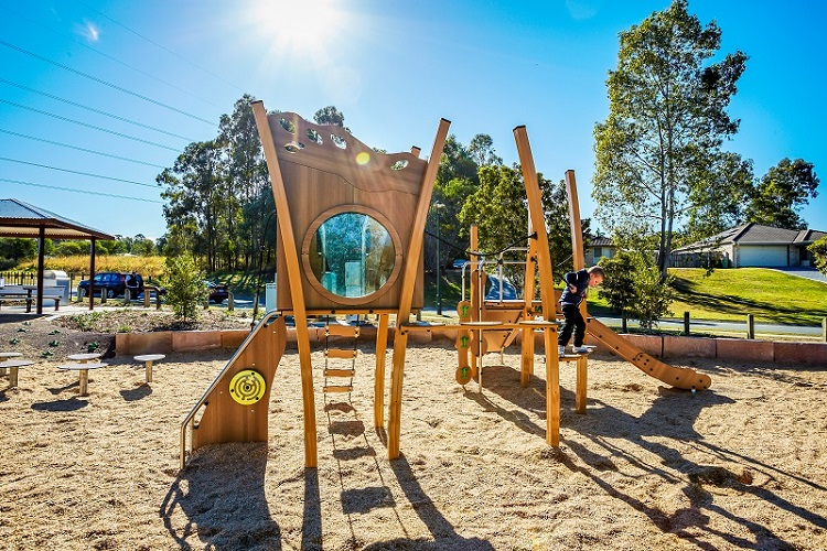 QLD – Eagle Street Park Playground