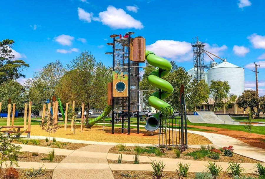 VIC – Riverside Park Adventure Playground
