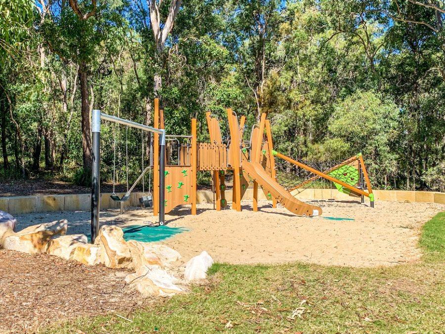 QLD – Bowen Street Park Playspace