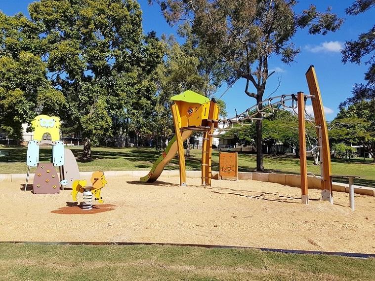 QLD – Balis Street Park Playground