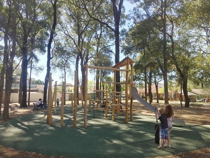 NSW – Caledonia Crescent Reserve nature playground