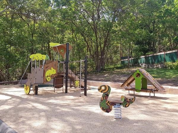 QLD – Edgehill Street Park Playground
