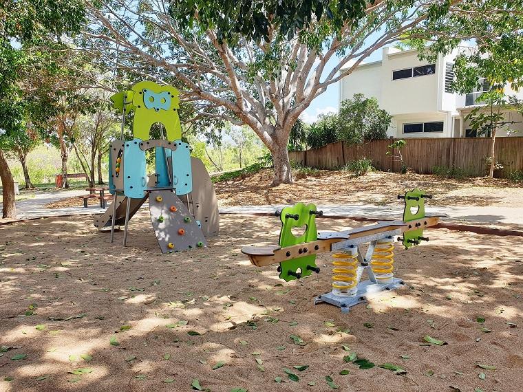 QLD – Fairfield Pocket Park Playground