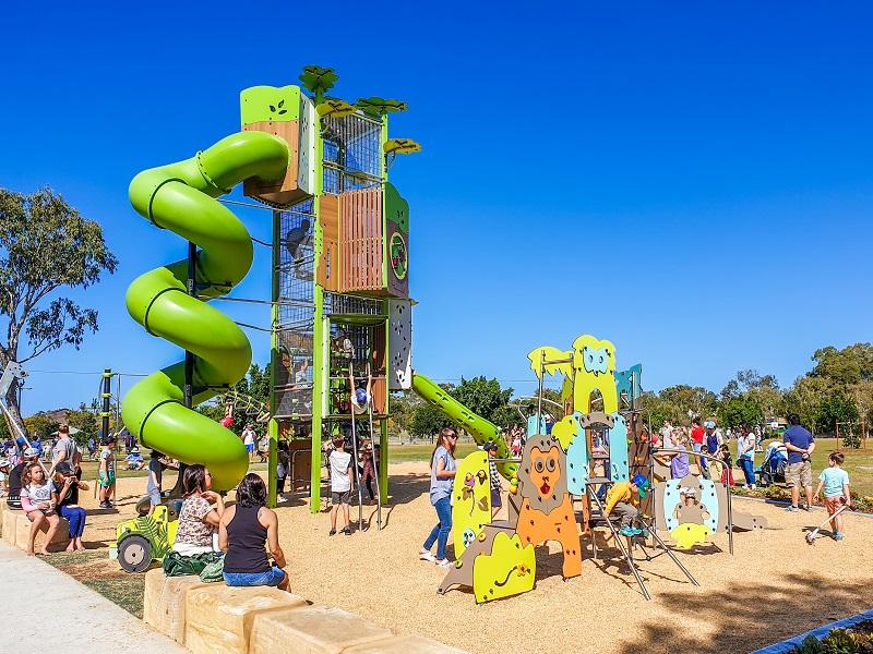 QLD – Frascott Park Safari Playground