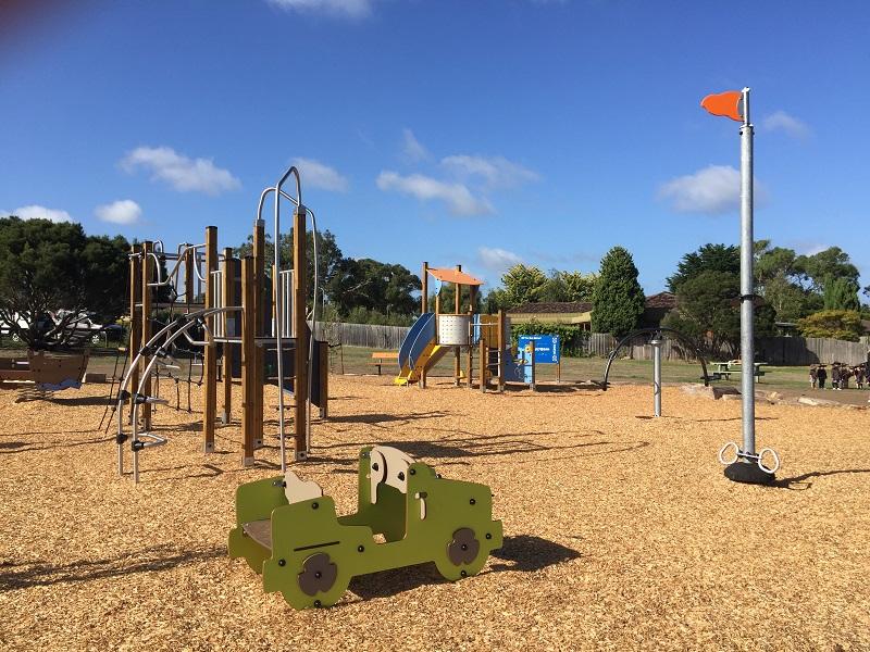 VIC – Oakridge Reserve Playground