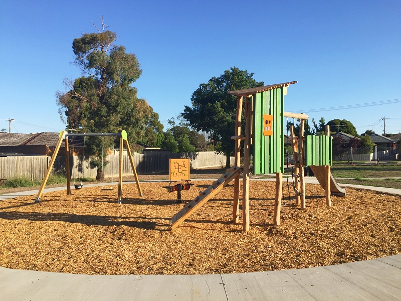 VIC – Dobell Avenue Reserve Playground