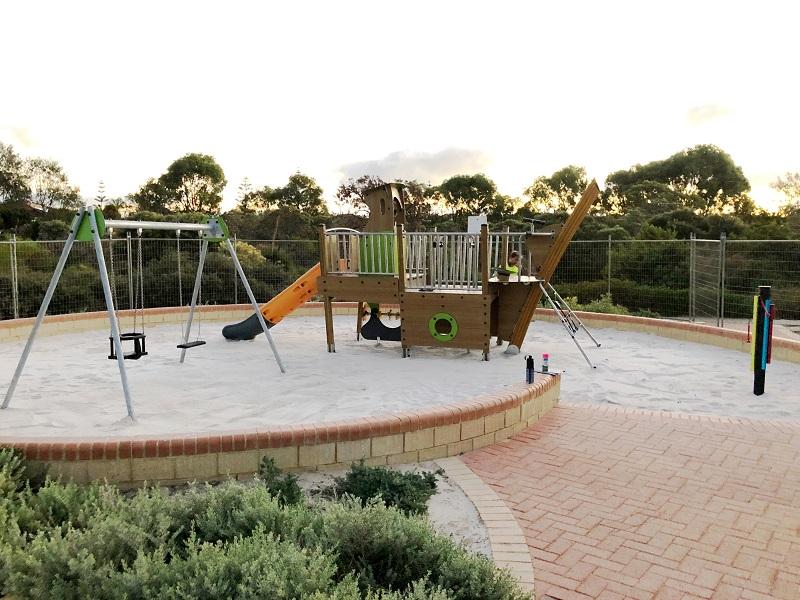 WA – James Cook Park Playground
