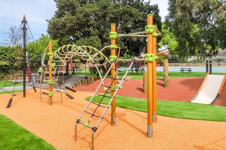 VIC – Korowa Anglican Girls' School Playground