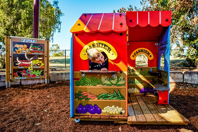 QLD – Leichhardt Park Fruit-themed Playground