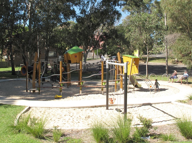 NSW – Oyster Bay Oval playground
