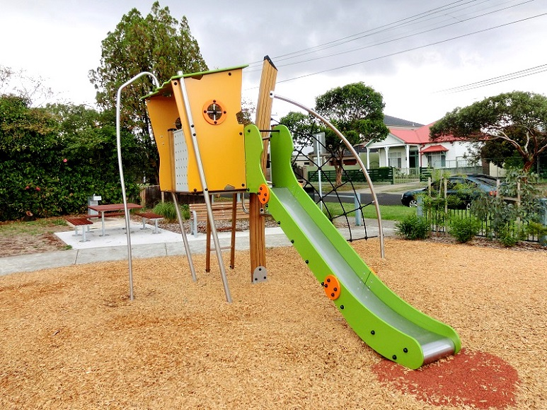 VIC – Pearl Reserve Playground