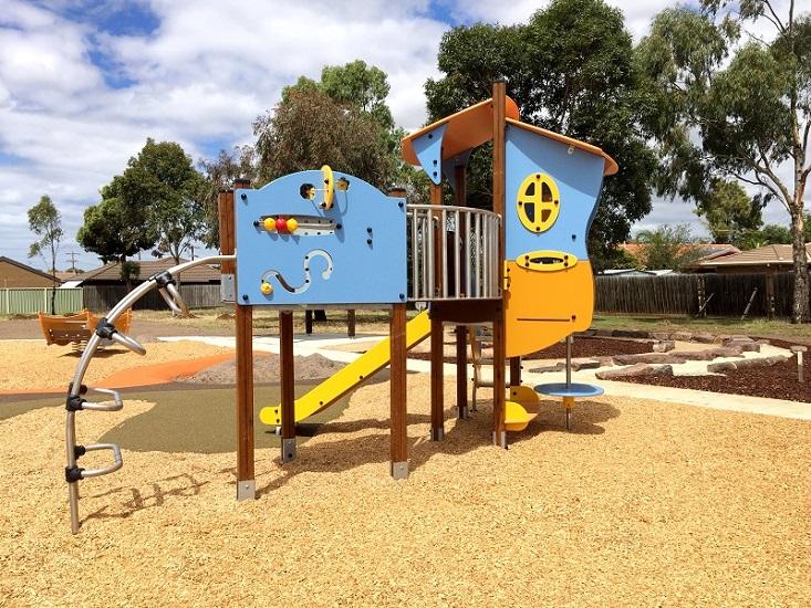 VIC – Snowgum Court Park Playground