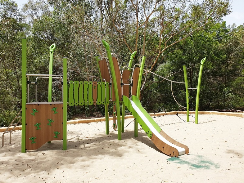 QLD – Sunnybay Drive Park Playground