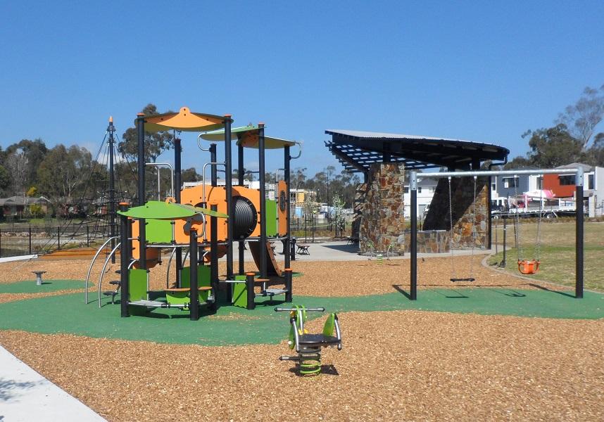 VIC – The Range Estate Playground, Croydon