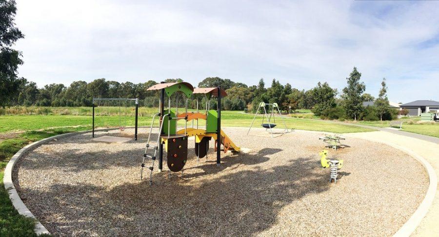 VIC – Yellow Gum Drive Playground