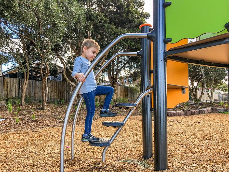 Biibox Multiplay - climbing steps
